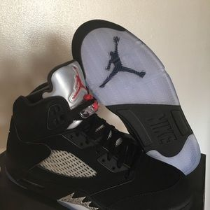 New Air Jordan Metallic 5s Men's Size 10